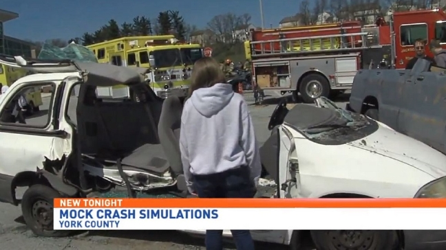 Crash simulation warns students of distracted driving dangers
