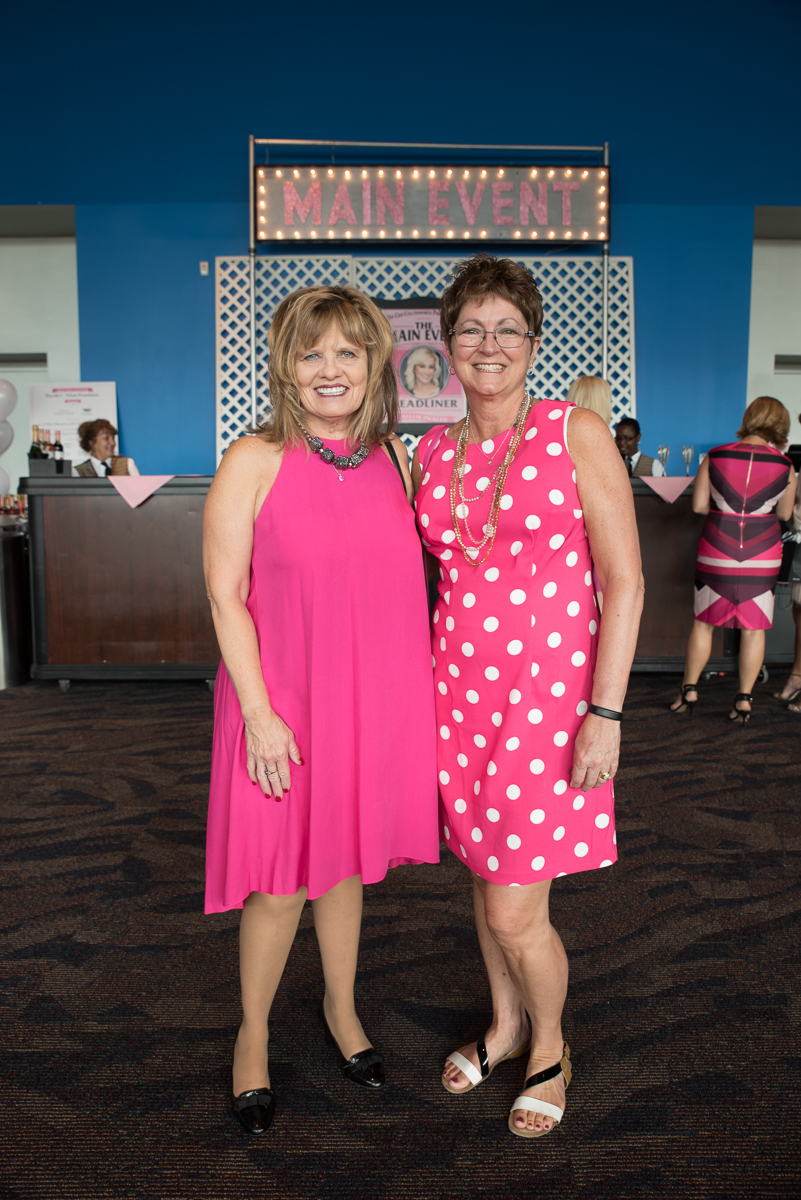 Sue Osterhage and Diane Osterhage / Image: Sherry Lachelle Photography