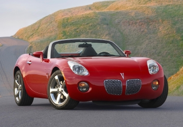 GM recalls older sports cars to fix air bag sensor problem
