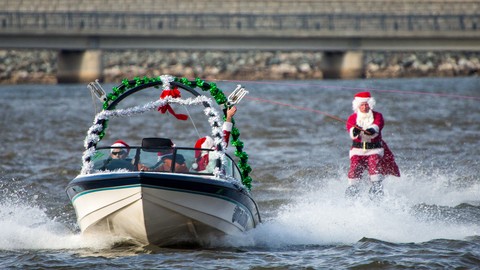 Waterskiing-Santa-CREDIT-Nick-Eckert.jpg