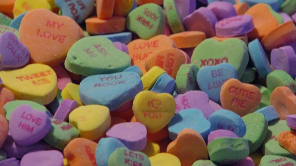 Sweethearts - Cropped Photo - Parnote Wikimedia Commons via MGN Online.jpg