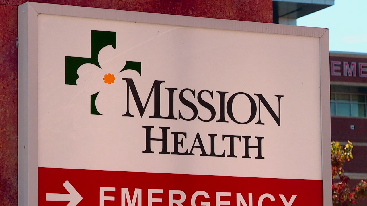 The exterior of Mission Hospital in Asheville, N.C. on Jan. 14, 2021. (Photo credit: WLOS Staff)