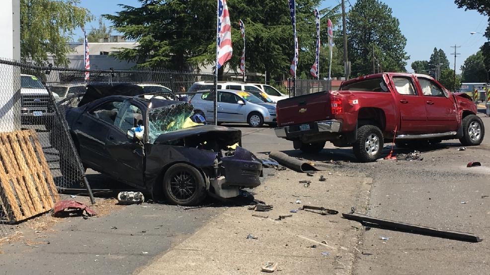 Car Crash Salem Oregon