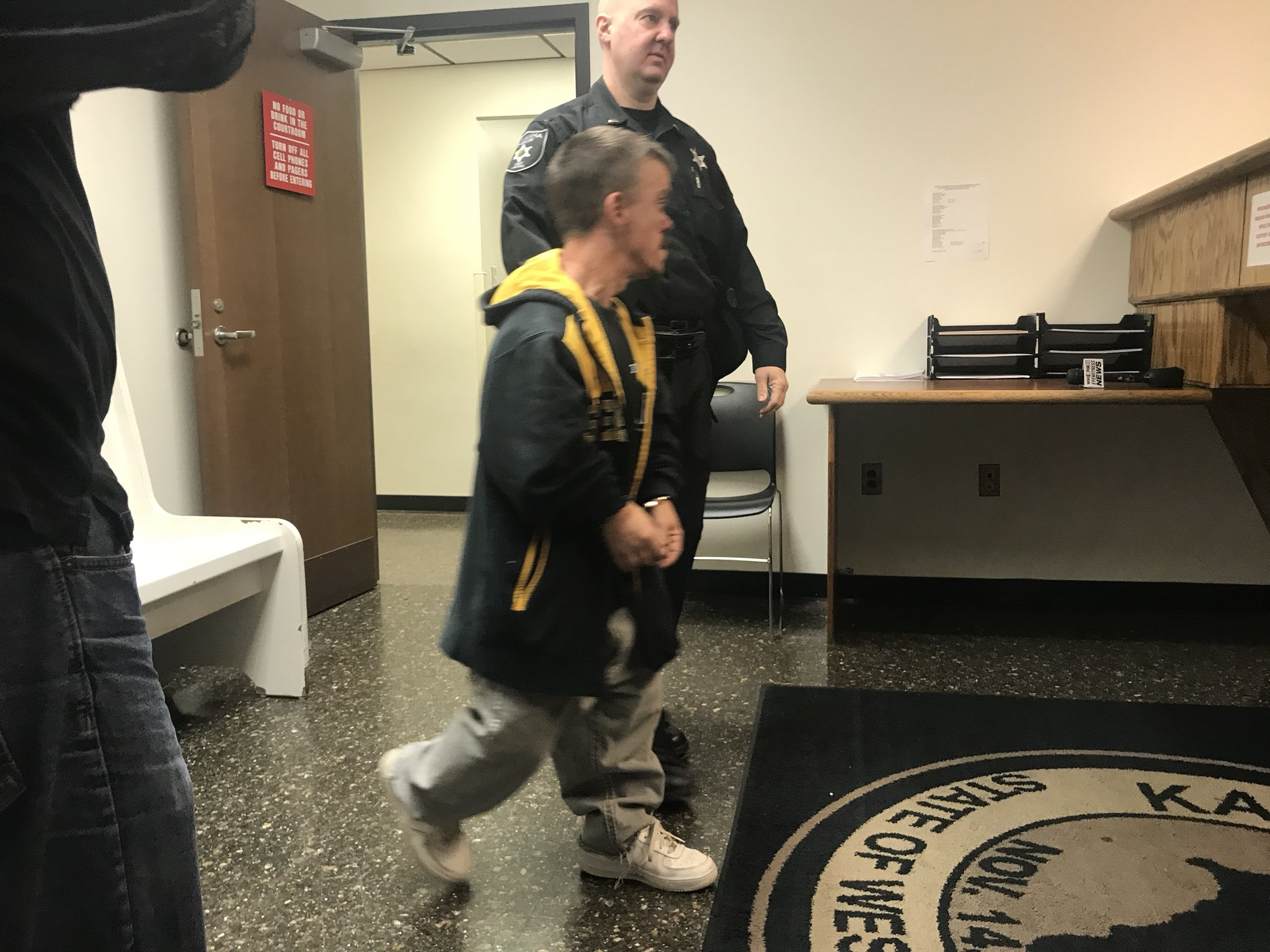 Robert Goff appears in Kanawha County Magistrate Court Monday after he was accused of stealing a vehicle and firing off rounds with his child and wife inside the vehicle. (WCHS/WVAH)<p></p>