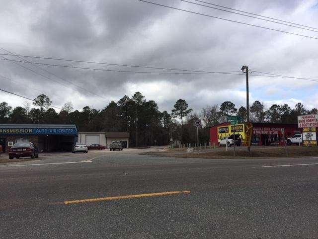 Photo: Area near Pine Forest and Stratford where Locklear was captured by the Escambia County Sheriff's OfficePhoto source: Channel 3's Max Nadsady<p></p>