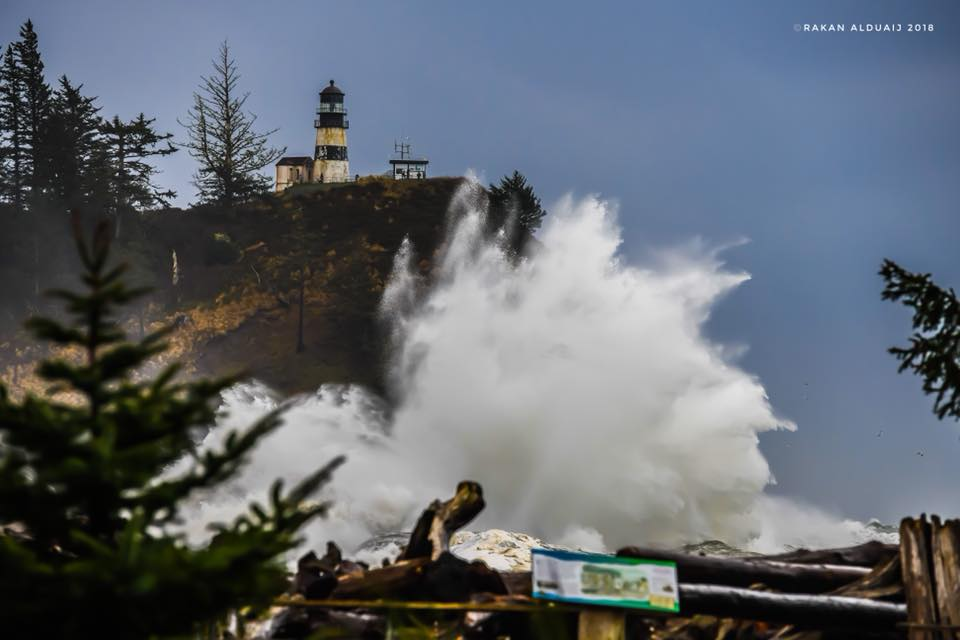 Waves crash at Cape Disappointment State Park. (Photo: Rakan Alduaij)<p></p>
