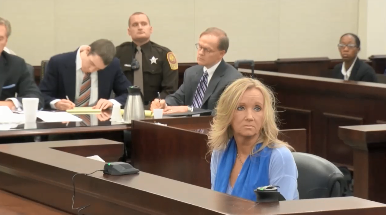The prosecution called its first witness, Tammy Weeks, Nicole Lovell's mother to the stand.