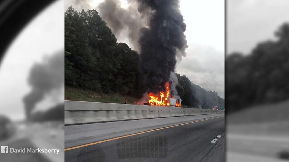 Crash closes I-20 near Pell City