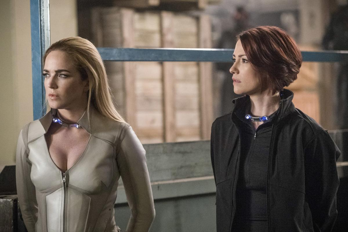 "Arrow -- ""Crisis on Earth-X, Part 2"" -- AR608a_0202b.jpg -- Pictured (L-R): Caity Lotz as Sara Lance and Chyler Leigh as Alex Danvers -- Photo: Jack Rowand/The CW -- �© 2017 The CW Network, LLC. All Rights Reserved"