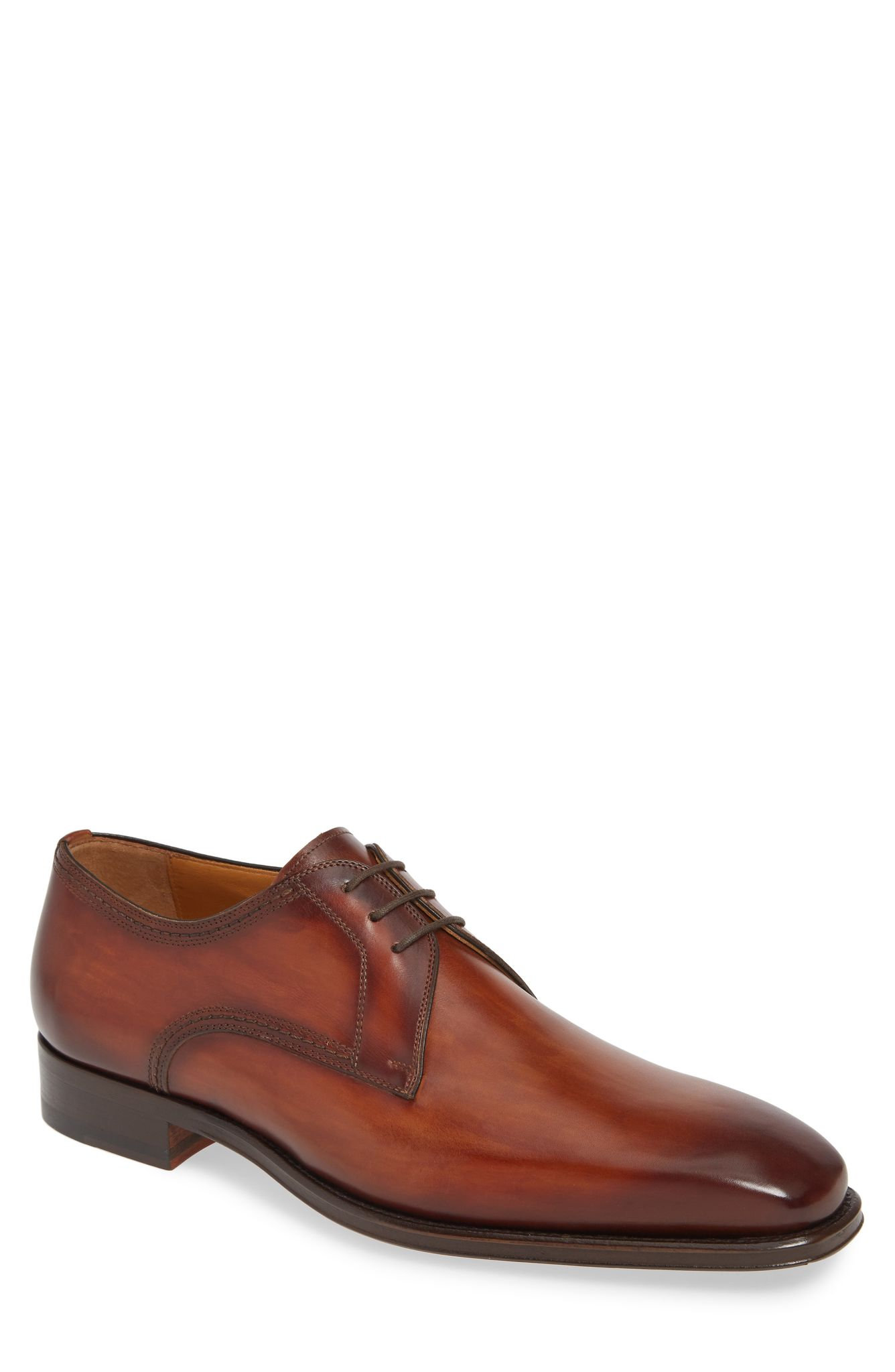 Magnanni Leon Plain Toe Oxford (noramlly $375): NOW $249.90 (Image: Nordstrom){ }