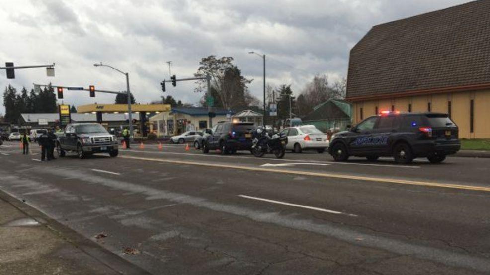 Driver strikes, kills pedestrian in Keizer | KATU