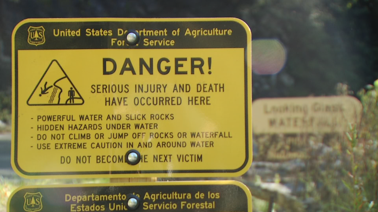 Park rangers hope new signs that clearly spell out the risks will help keep visitors safer.{&amp;nbsp;}<p></p>