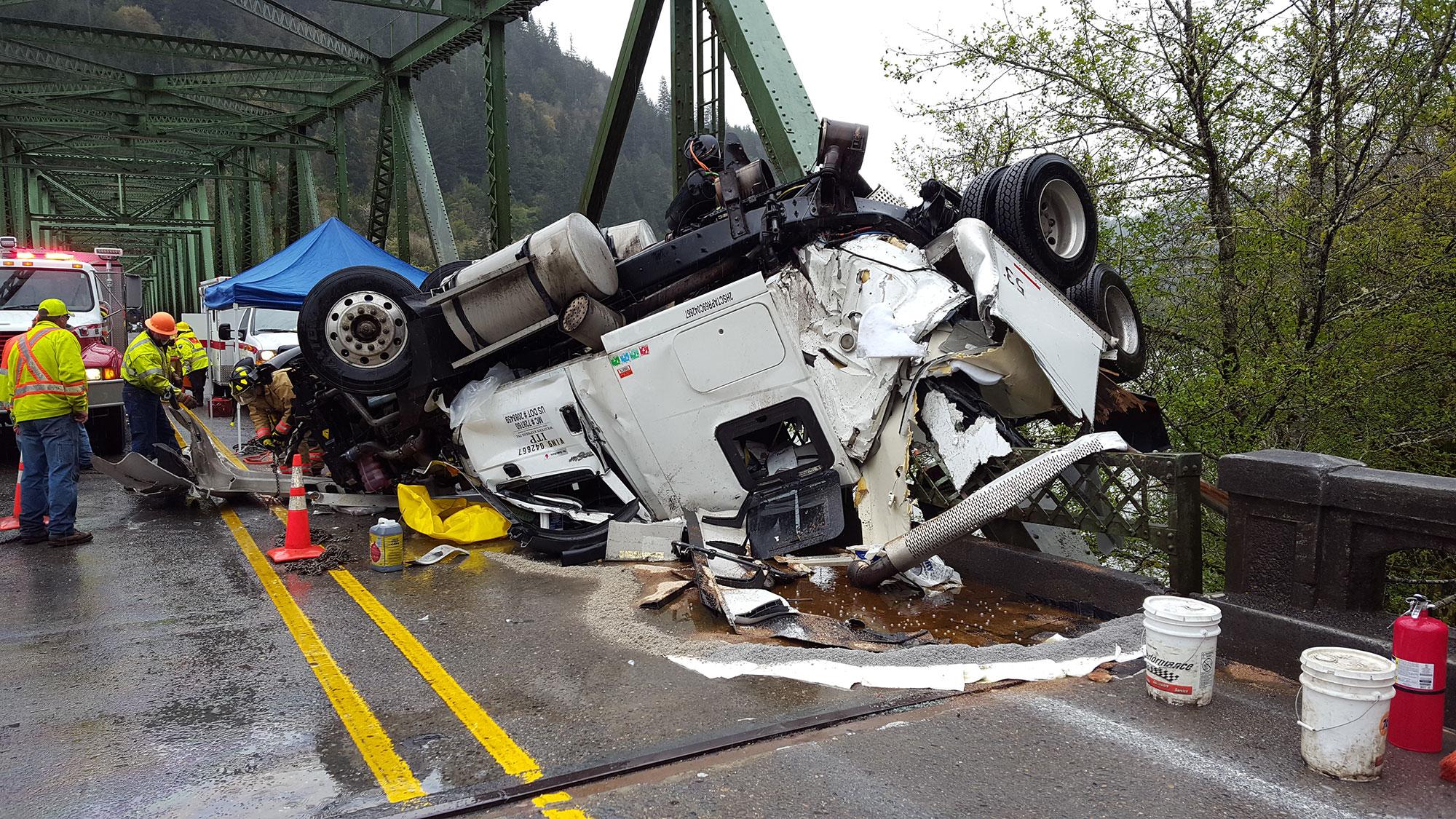 Scottsburg Bridge Closed Through Weekend Crash Put Wooden