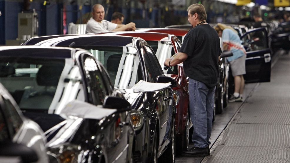 General Motors Will Lay Off 2 000 Employees At Two Us Auto