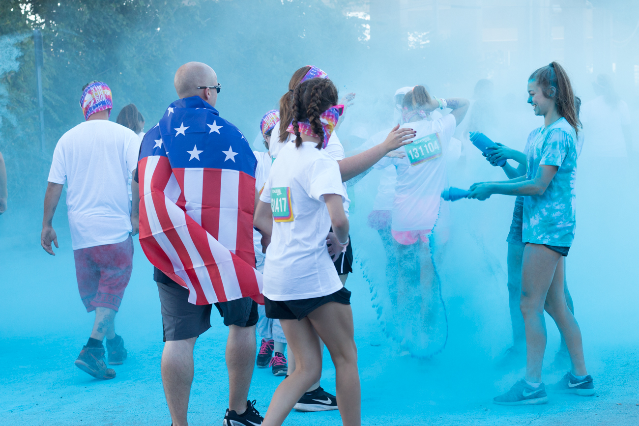 The psychedelic madness of Cincinnati's annual Color Run / Image: Lacey Keith<p></p>