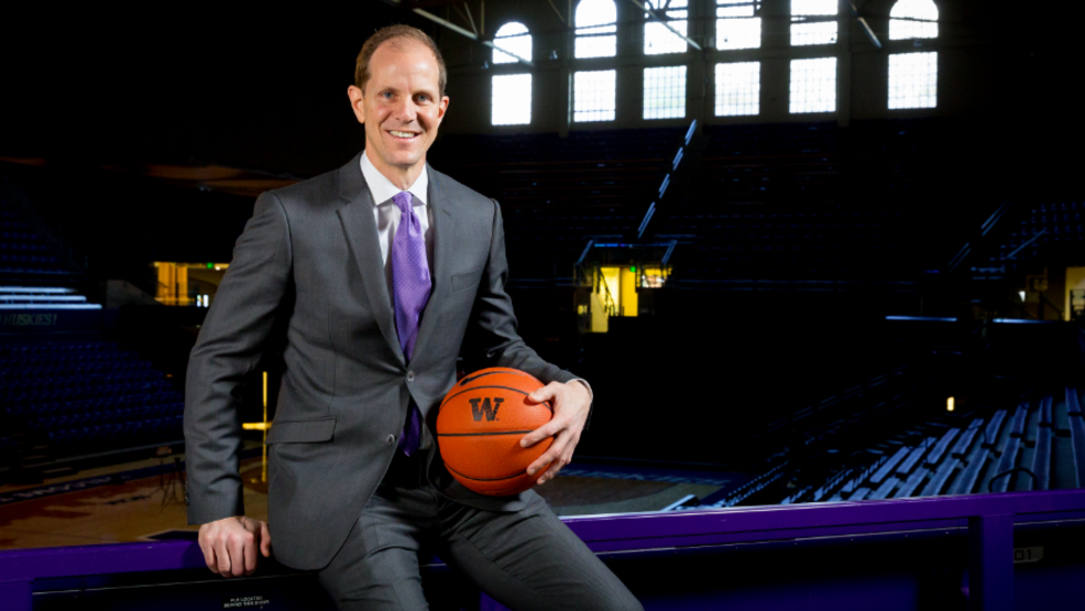 The final Husky Basketball Coaches Show with Mike Hopkins and Tony Castricone (3.18.19)