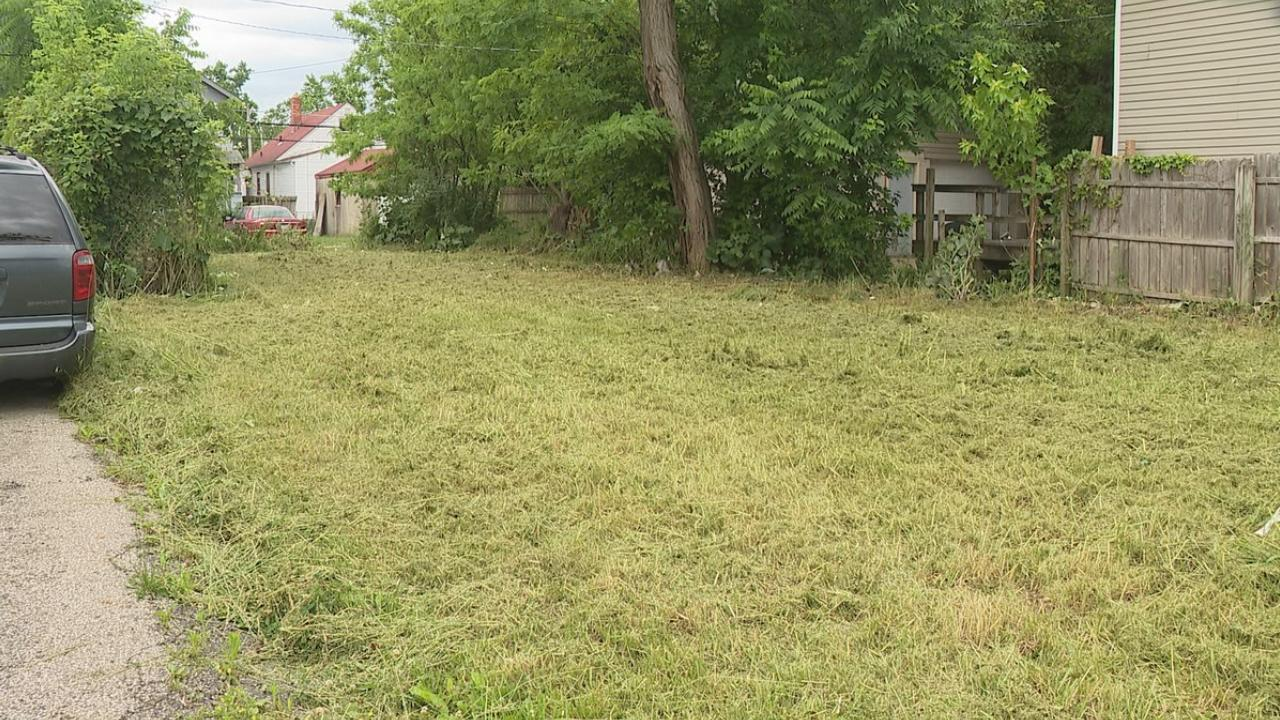 One property had turned into an eyesore and safety concern for Diane Brown and her neighbors on Duxberry Avenue in the Linden area. (WSYX/WTTE)