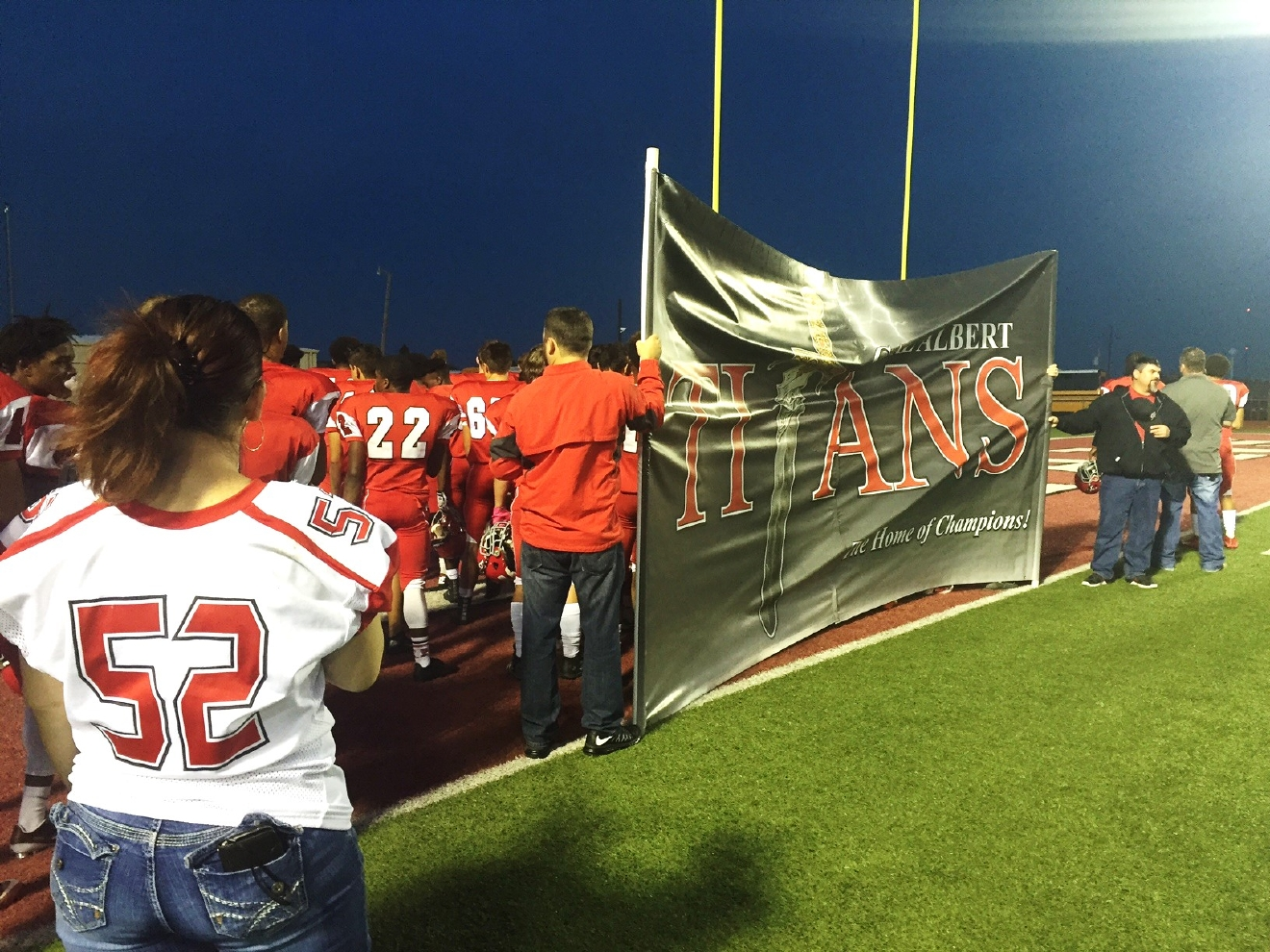 Fans start to line up to cheer on Carl Albert players on Senior Night  on Friday, Oct. 28, 2016 (Colleen Wilson/KOKH)