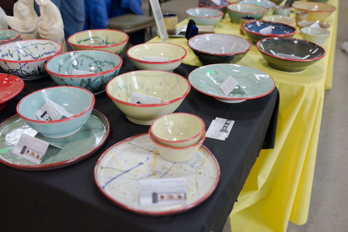 Leavenworth Pottery at the weekend craft market at Pybus Market (Image: Paola Thomas / Seattle Refined)