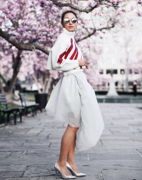 IMAGE: IG user @anchyi / POST: Happy first day of spring!This look is now on the blog, with lots of options for fun cropped sweaters for you to layer in.