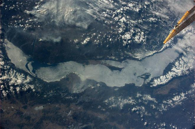 Looks like Lake Baikal is still waiting for the spring to come (Photo & Caption courtesy Koichi Wakata (@Astro_Wakata) and NASA)