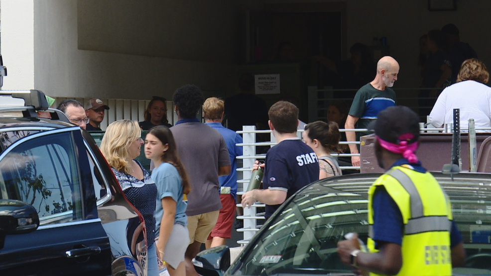 Ithaca College welcomes new students to campus
