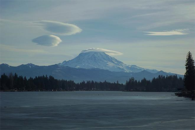 3 Lenticular clouds over Mt. Rainier (Kathleen Carpenter)