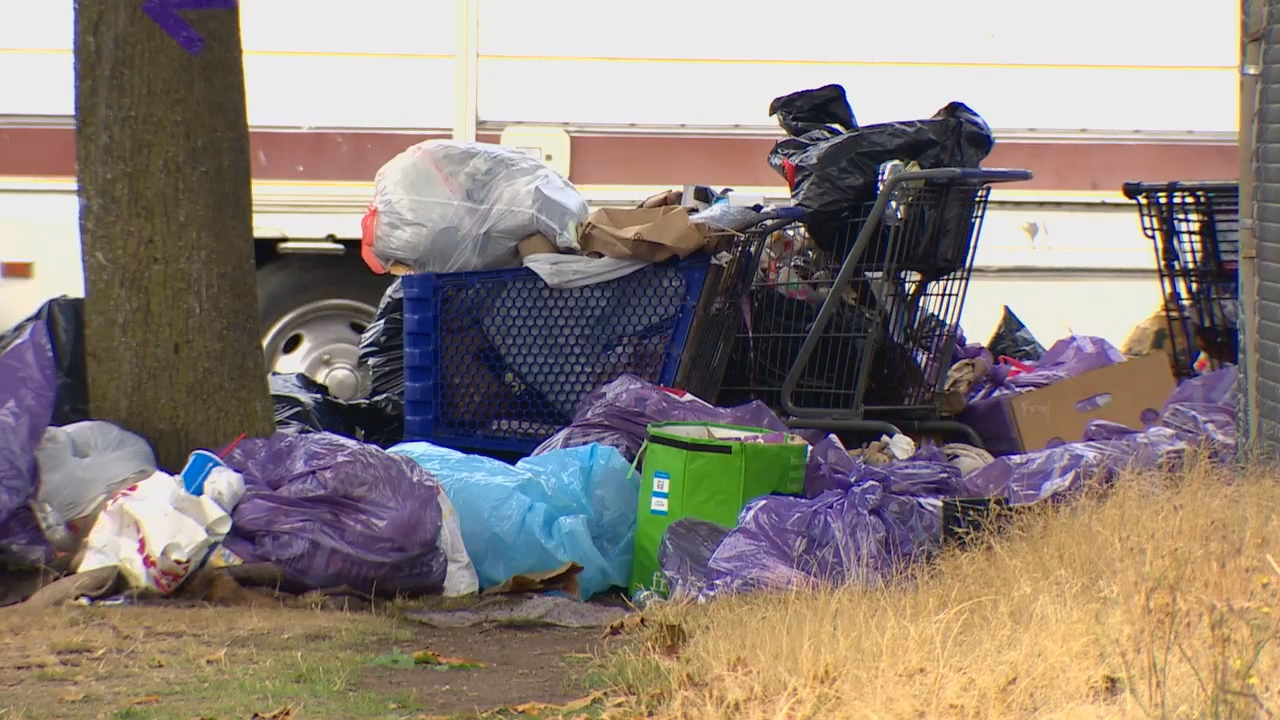 Crews set to clean up RV camp in SoDo (KOMO Photo)