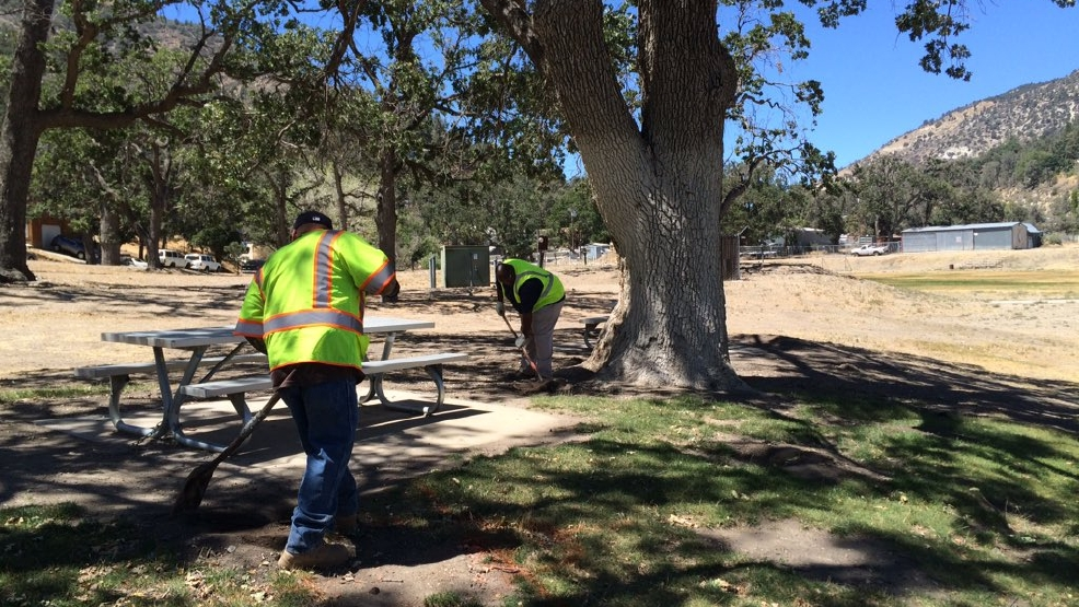 Offer Up Bakersfield >> Homeless people clean park: 'Hopefully this will be a huge savings for the taxpayers' | KBAK