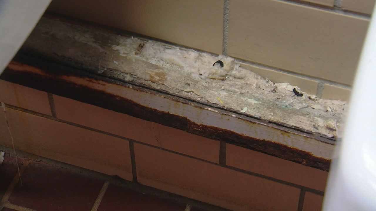Crumbling schools are the reality right now for district leaders in Cherokee County. (Photo credit: WLOS Staff)