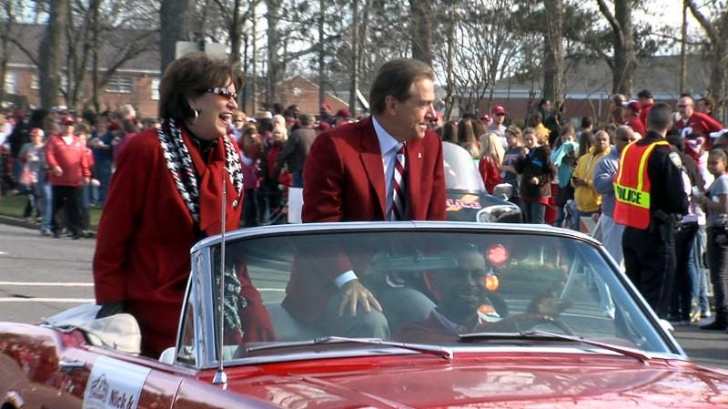 Alabama head coach Nick Saban and wife, Terry, during the BCS Champions parade on Saturday, January 19, 2013.