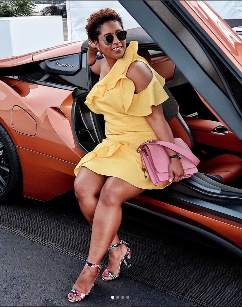 Hear us out - there's a yellow for every skin tone! Whether it's mustard or lemon, just experiment around and you'll find the right hue for you. We love it on a structured dress and paired with a pink bag! (Image via @jenjeanpierre)