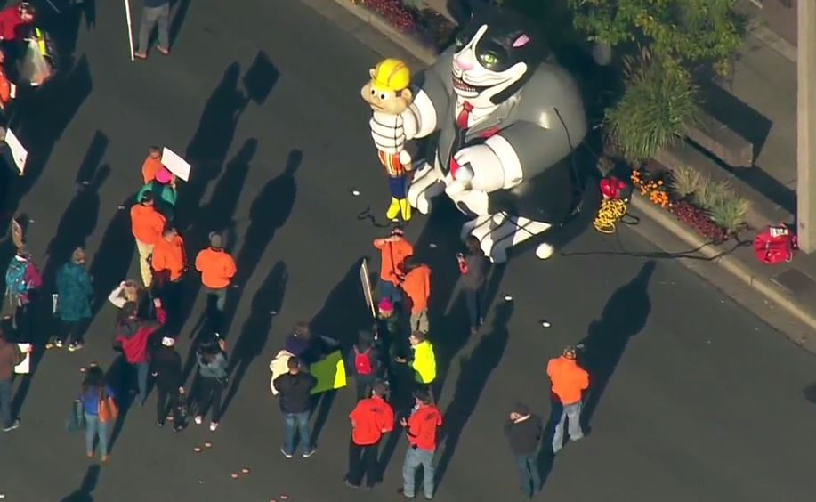 Protesters gather in Bellevue, Wash., to demonstrate against Education Secretary Betsy DeVos on Friday, Oct. 12, 2017. (Photo: KOMO Air4)