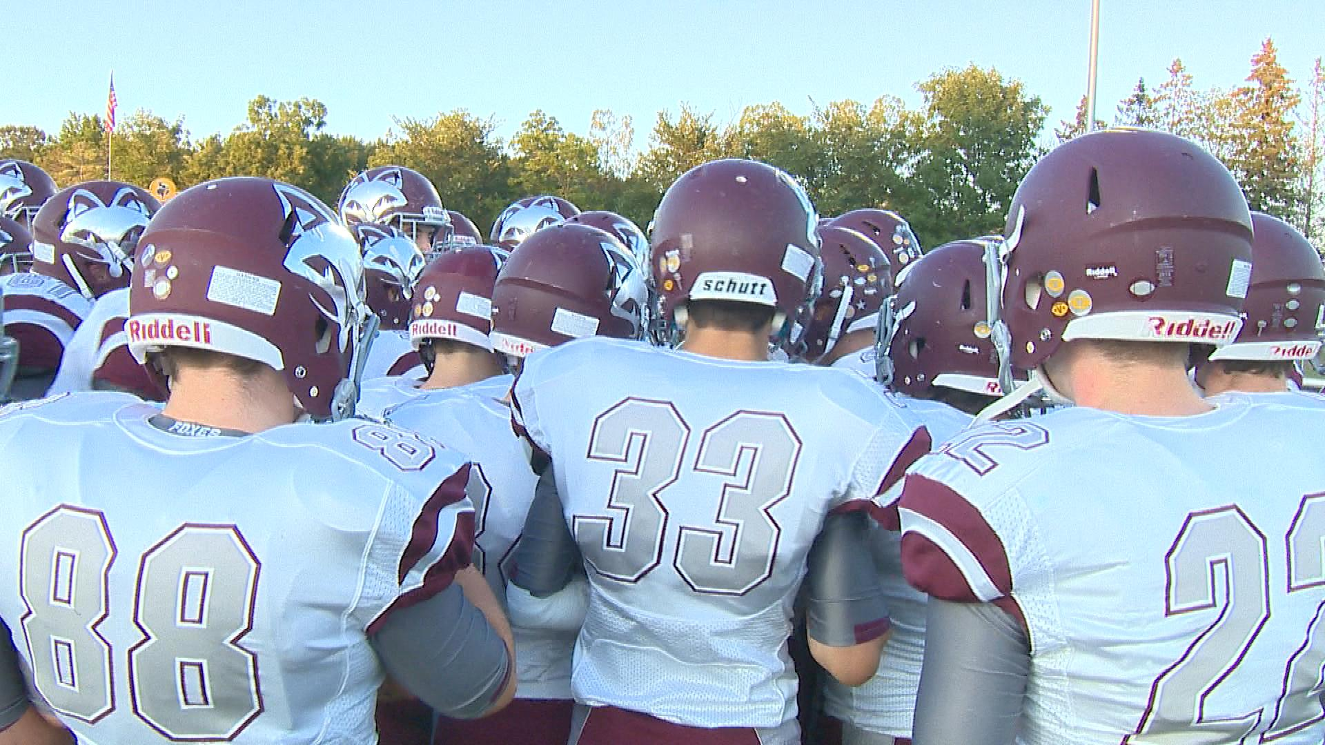 Fox Valley Lutheran has won each of its first four games this season.