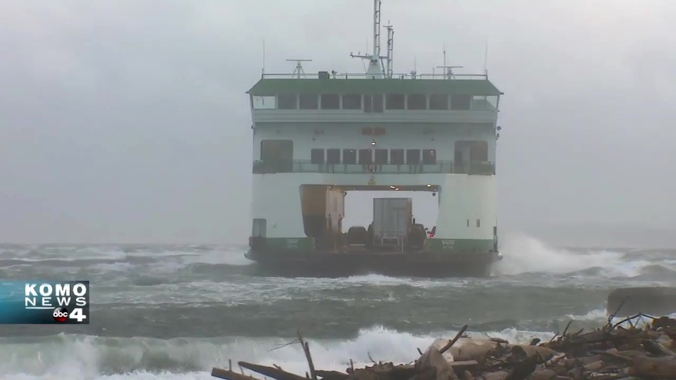 Watch: Whidbey Island ferry gets blown sideways during 60+ mph gusts