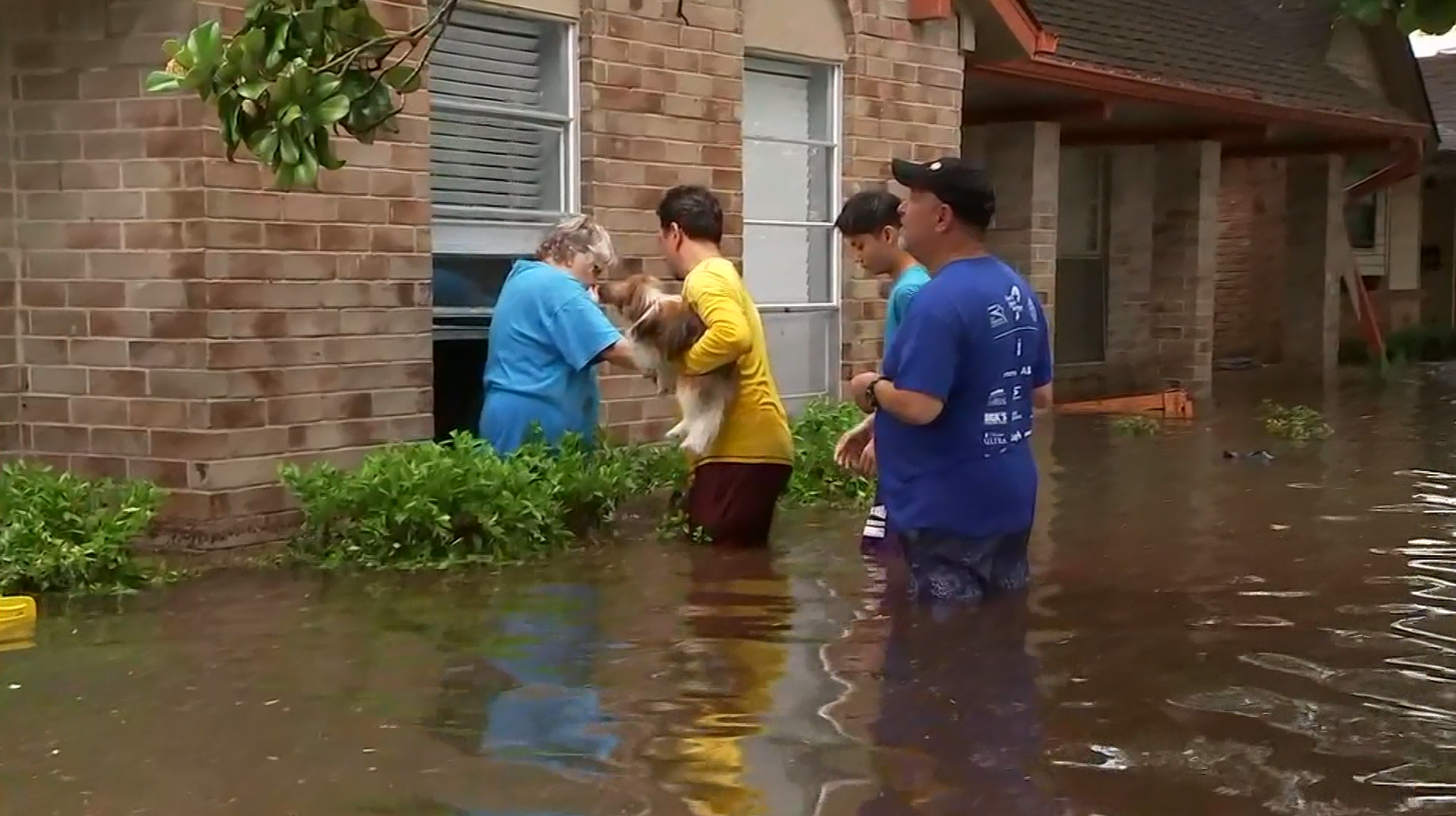 Woman rescued  (KTRK/CNN)