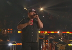 V-LUKE COMBS WINS IHEART COUNTRY ARTIST OF THE YEAR_frame_278.jpg