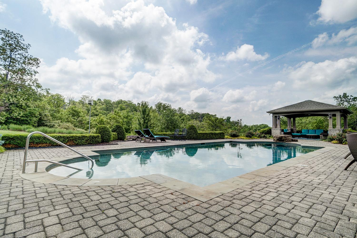 4905 Taft Place is a 5-bedroom, 10 bathroom (7 full and 3 half) home in Indian Hill. It's currently on the market for $3,950,000. / Image: Wow Video Tours // Published: 6.8.18
