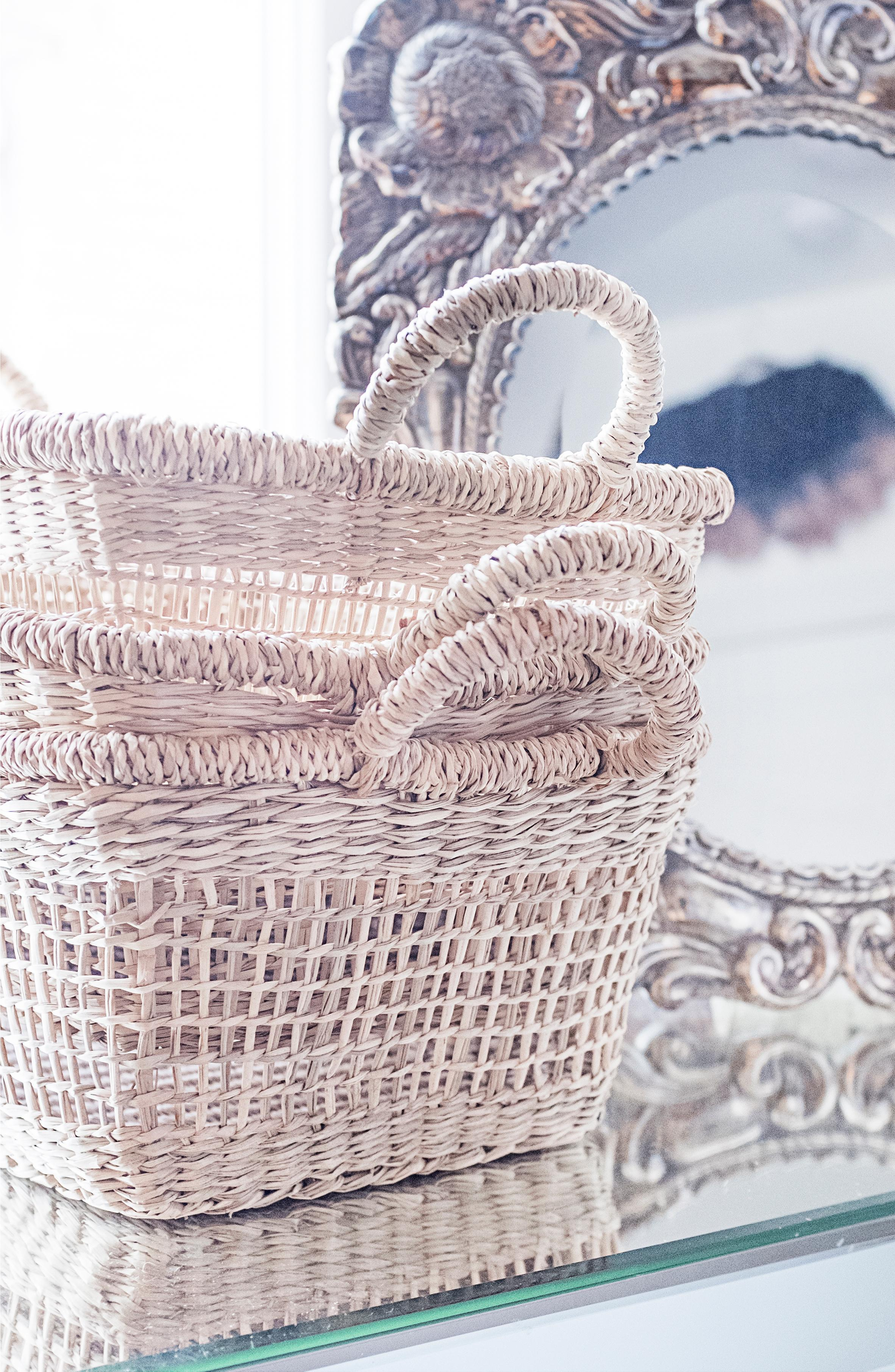 A great way to stay organized is to have bags and baskets stacked and labeled with your guests' names. When your guests arrive they can easily carry them around and put smaller accessories and jewelry into the baskets and larger items such as shoes, hats or clothing in the bags. (Image: Ashley Hafstead)