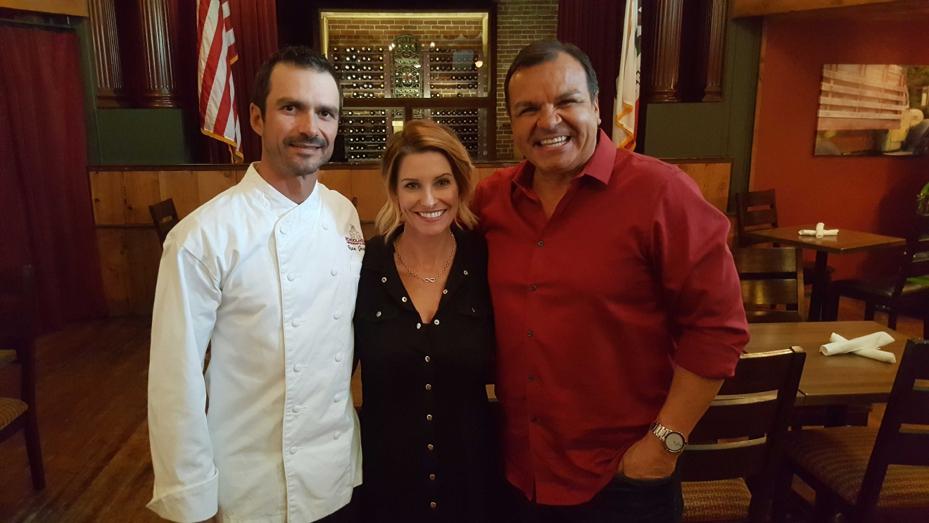 Ray with Ryan and Michelle Jackson of SchoolHouse Restaurant & Tavern (Photo Ray O'Canto/KMPH)