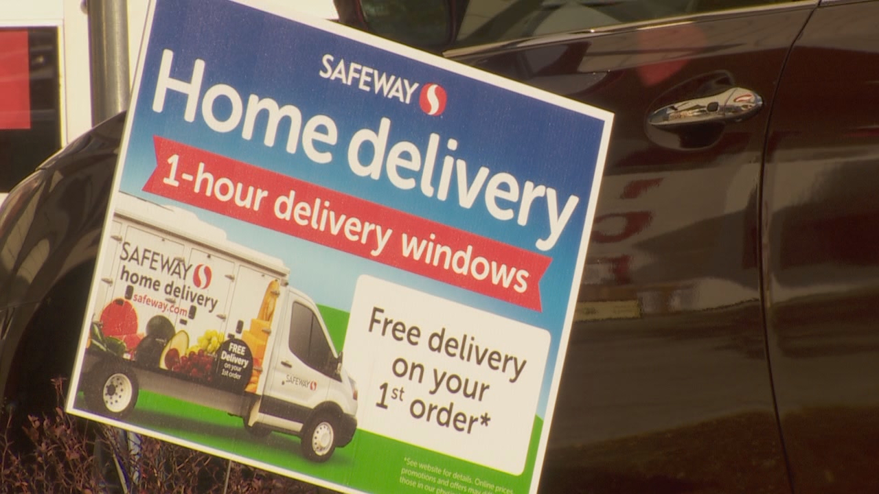 Safeway offers home delivery of groceries. (KATU)<p></p>