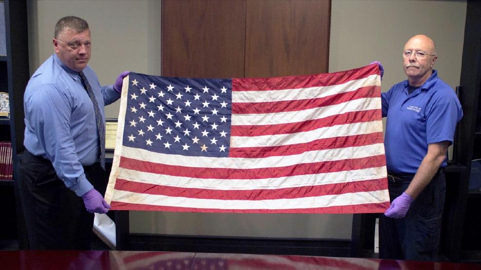 bd9b308d3 Police investigators identify N.Y.'s long-lost 9/11 ground zero flag in ...