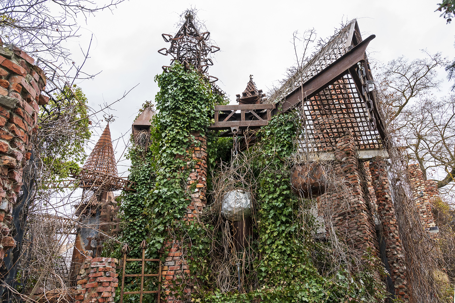 "Vercler Castle. Dubbed the ""Gaudi of Spokane,"" the man-made castle was actually constructed by local welder Jeff Jensen. While you can't actually wander inside, exterior photos of his handiwork are still welcome. (Rachael Jones / Seattle Refined)"