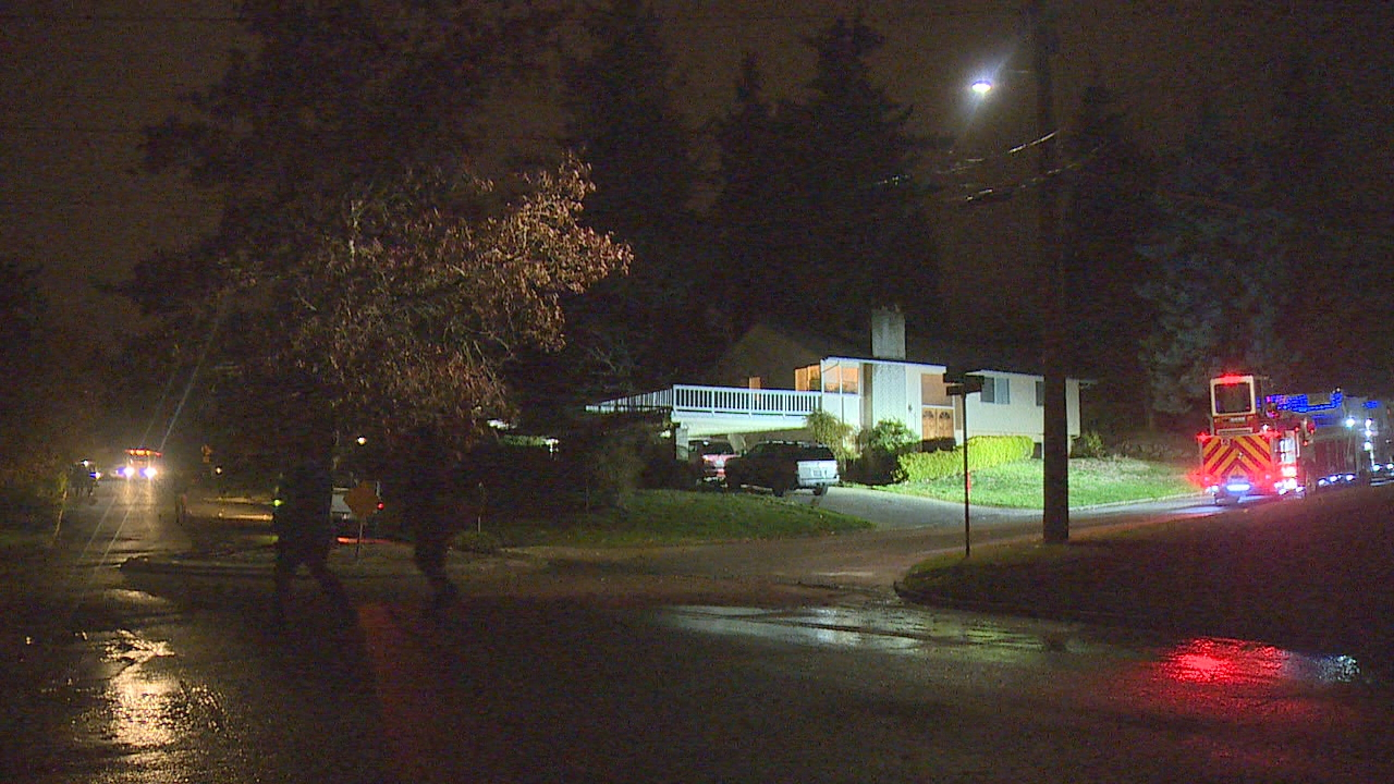 Utility crews are trying to repair a water main after it ruptured in a Bellevue neighborhood Tuesday night. (Photo: KOMO News)