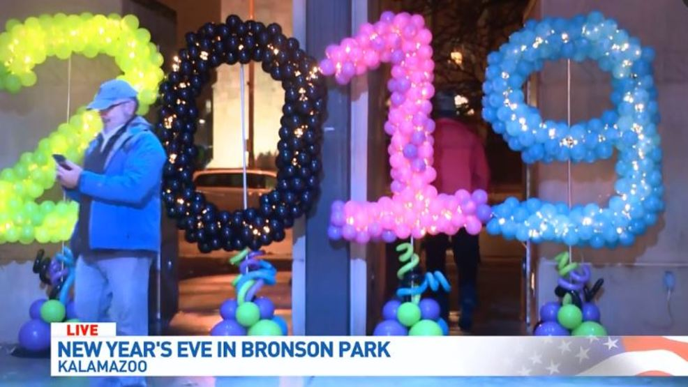 New Year's Eve in Bronson Park.JPG