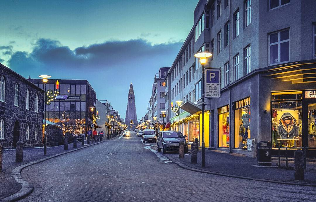 IMAGE: IG user @motleymissions / POST: Early morning in Reykjavik. / PUBLISHED: 1.11.17