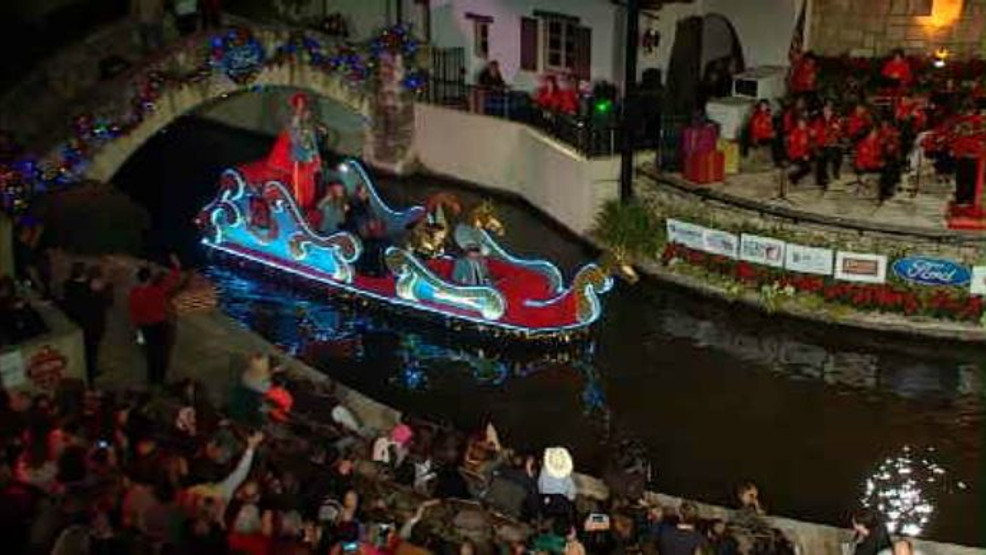 Ford Holiday River Parade.JPG