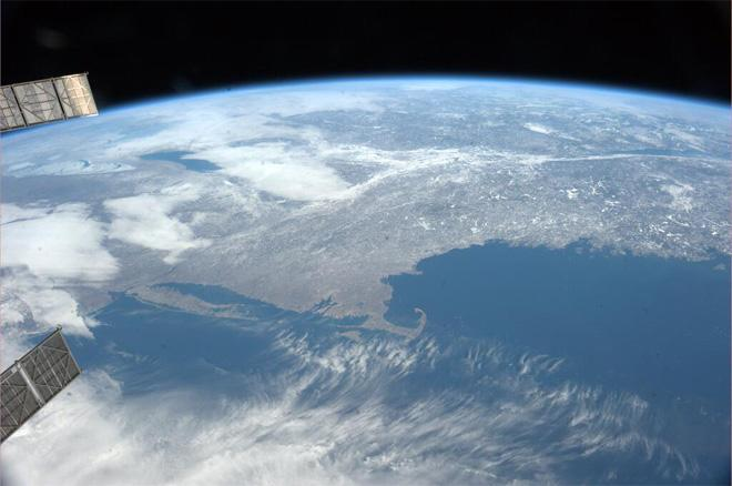 Clear skies over the US East Coast (Photo & Caption courtesy Koichi Wakata (@Astro_Wakata) and NASA)